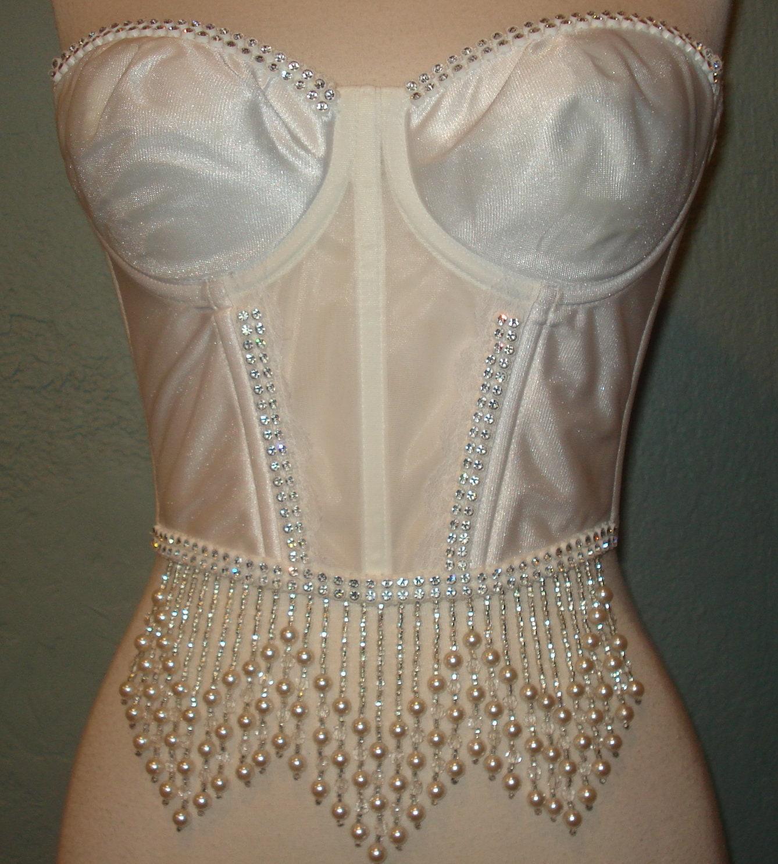 8b4dbf927ce Vtg. White Rhinestone   Pearl Luxury Corset Size M Pearl and Crystal ...