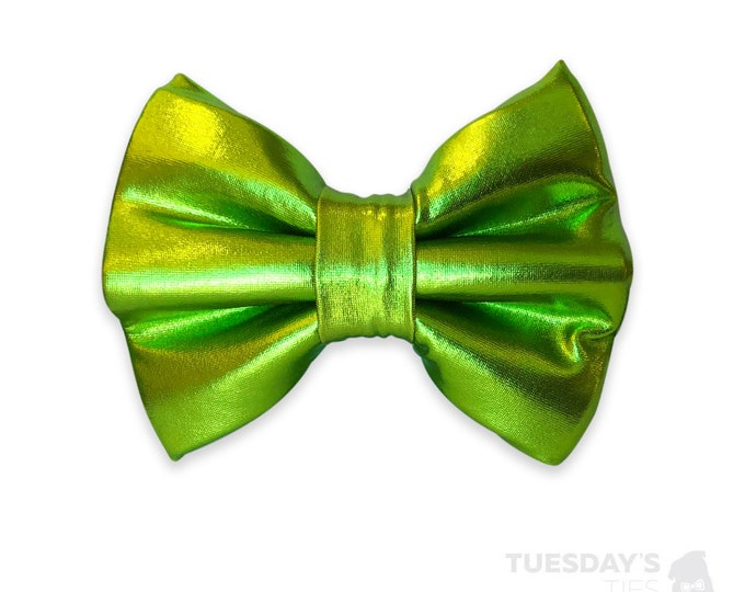 Metallic Green Bow Tie