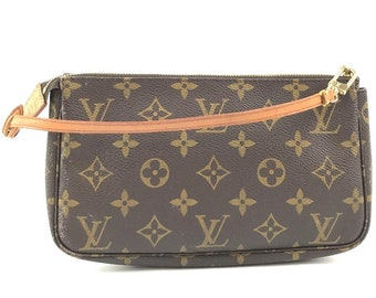 e9a6fcd1146f Louis Vuitton Pochette Accessory Cosmetic Make Up Sling Evening Be Monogram  Canvas Clutch