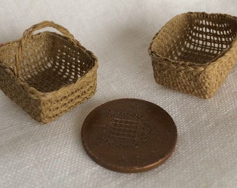 1:12 or 24th Scale Dollshouse Miniature Rectangular Shopping Basket
