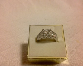 Sterling Silver Ring 2.75- 3kt