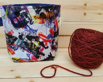 Doctor Who Ball Sack for up to DK Weight -- Yarn Holder for Inside Project Bags Handmade