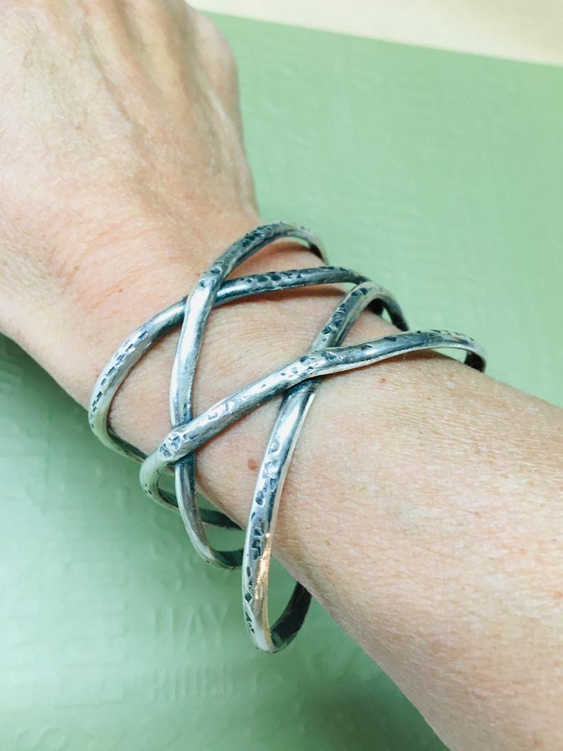 Linear Bracelet image 0