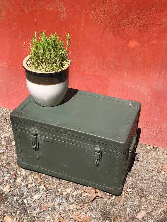 Vintage Military Aviation Green Painted Trunk, Small Trunk, Flat Top Trunk, Unusual Storage, Man Cave, Military Collection