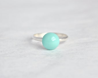 Vintage-Inspired Mint Green Turquoise Ring Antique Bronze Braided Bezel Size 6 Band Sea Foam Pale Aqua Boho Chic Stacking Rings