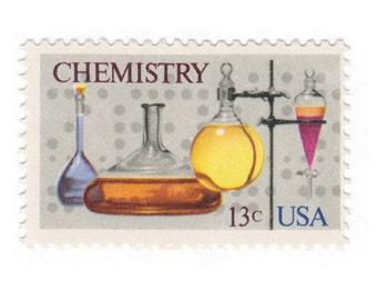 10 Unused Vintage Postage Stamps - 1976 13c Chemistry - Item No. 1685
