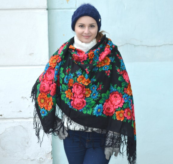 Vintage russian shawl Pavlovo Posad, Floral gypsy… - image 3