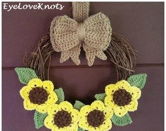 Fall Crochet Pattern, Sunflower Wreath, DIY Sunflower Wreath, Sunflower Wreath Crochet Pattern, DIY Crochet Wreath, Fall Sunflower Wreath