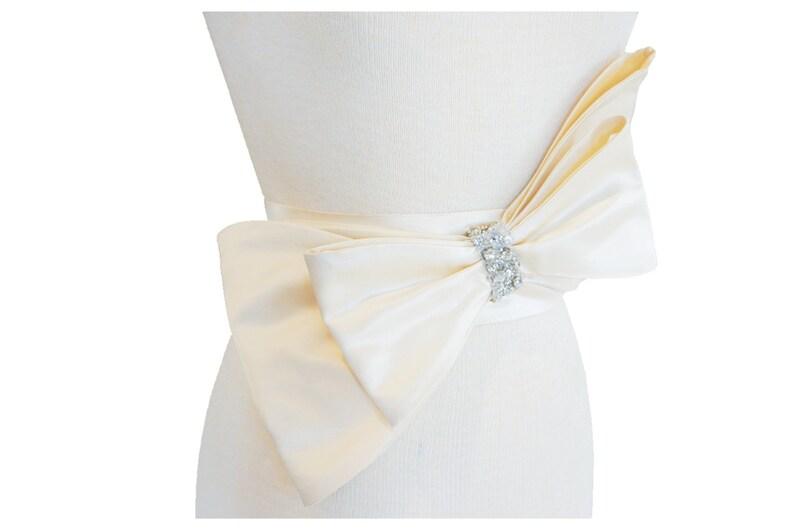 Shelby Bow Bridal Belt image 0