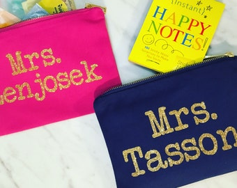 Teacher Gift Makeup Bag, Daycare Provider Gift, Babysitter Gift, Personalized Makeup Bag, Teacher Christmas Gift, End of School, MANY COLORS