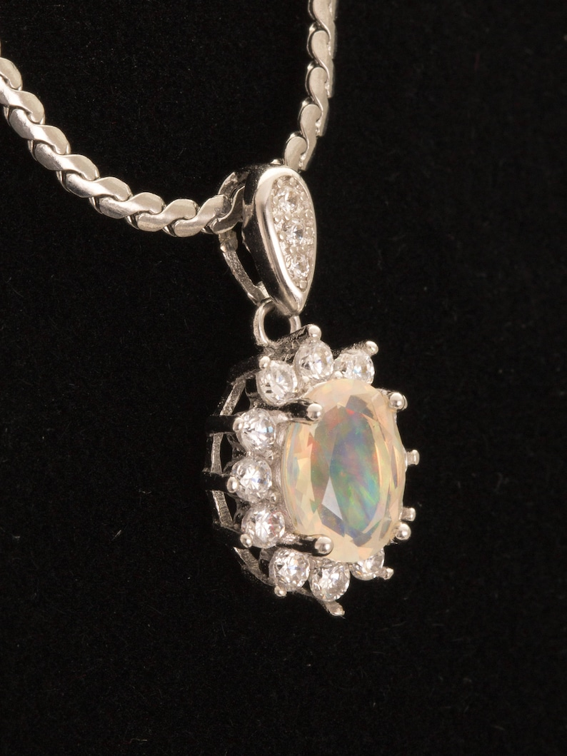 MO448P 1.1ct Clear Mexican Opal Sterling Silver Pendant