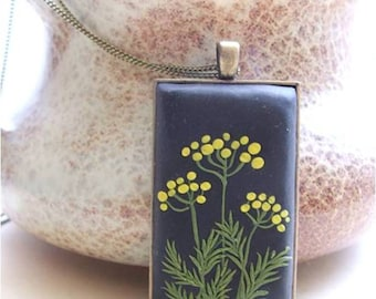 Flower Jewelry- Tansy Flower Jewelry- Flower Polymer Clay Jewelry- Jewelry made with Flowers- Spring Flower Pendant