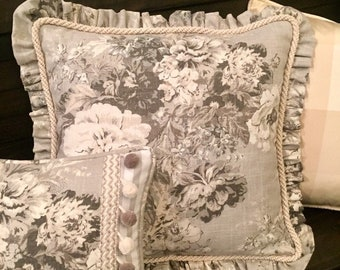 Tan Ruby Cream Fabric Cottage French Country D\u00e9cor Farmhouse Waverly Designer Fabric Toile Linen Rooster /& Floral Pillow Cover Rustic