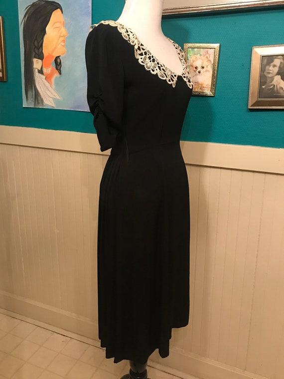 1940s White/Black Collar  Dress - image 2
