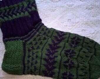 Handknitted colorful green - purple woollen socks size US 19, UK 9,5, EU 43