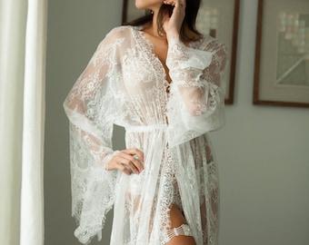BRIDAL BOUDOIR ROBE  short wedding day robe for photo shoot 8d31b9446