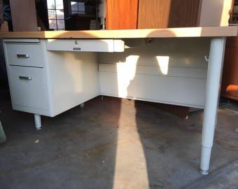 McDowell U0026 Craig Single Metal Tanker Desk