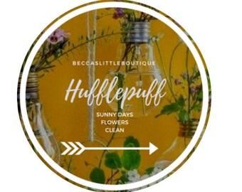 Hufflepuff 4 oz Bookish Harry Potter Inspired Candle   Hogwarts,  butter beer, butterbrew, hogsmeade, wizard, magic, fall, book