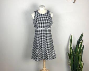 90s B&W Gingham Picnic Dress with Daisy Chain Appliqué
