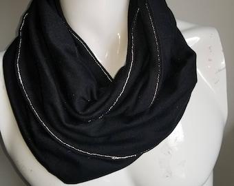 Mobius infinity reflective stitch scarf, black