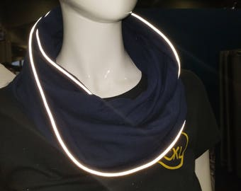 Mobius infinity reflective pipping scarf navy