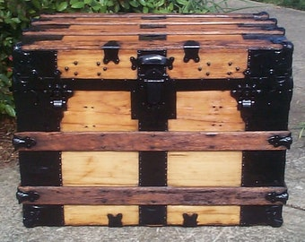 748 Antique Flat Top Restored Trunk Great for a Navy, Army, Air Force or Marine Retirement Gift Shadow Box w Original Liftout Tray