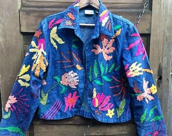 73001f5667 Vintage 90 s Embroidered Floral Cropped Denim Jacket by Chico s Design size  medium