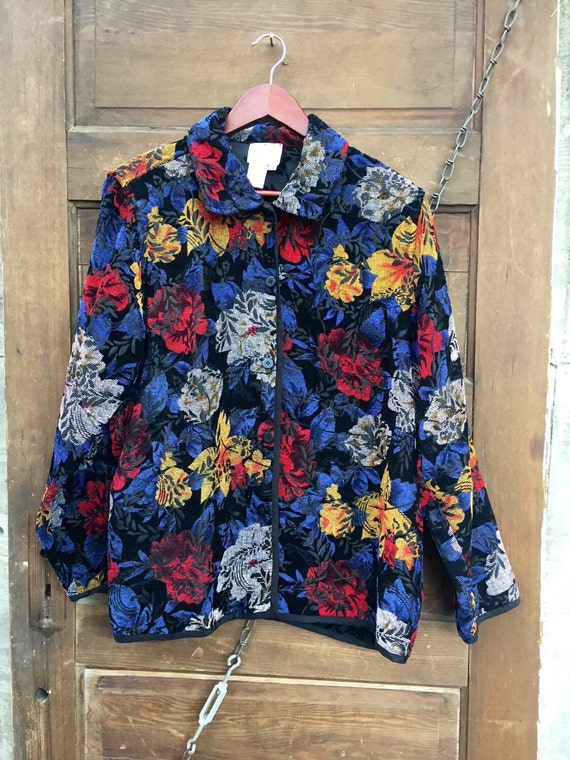Amazing Vintage Floral Tapestry Jacket/ Blazer/ Ov