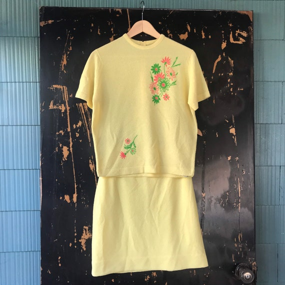 Vintage 70's Mod Yellow Terry Cloth with Floral De