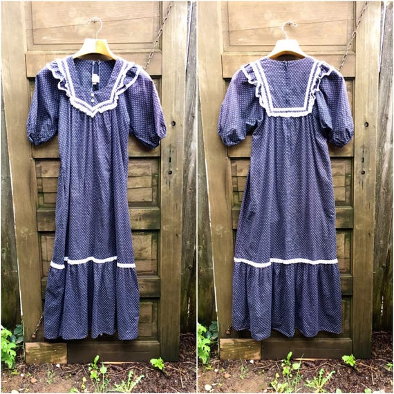 Vintage 70's Black and White Cotton Prairie Maxi D