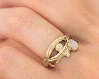 14K Eye of Horus gold ring, Ancient style gold ring, antique gold ring, Egyptian ring, solid gold ring, symbol jewelry, Moonstone ring