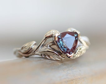 Trillion cut alexandrite engagement ring, unique engagement ring, leaf ring, white gold branch ring, nature ring, colour change stone, 14K