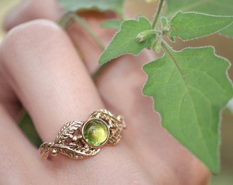 Rose gold peridot engagement ring, leaves ring for woman, vine ring, nature wedding ring, elvish ring, green gemstone ring, elven ring