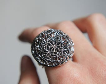 Dandelion ring, statement ring, multistone ring, sterling silver ring, large ring, unique ring, citrine ring, peridot ring, ring size 8