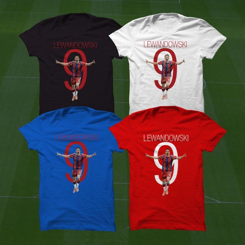 super popular bb075 7bf23 Robert Lewandowski 9 Bayern Shirt T-Shirt - FCB Soccer Player - Size S to  Xxxl -Custom Apparel Football, futbol, soccer, Mia San Mia