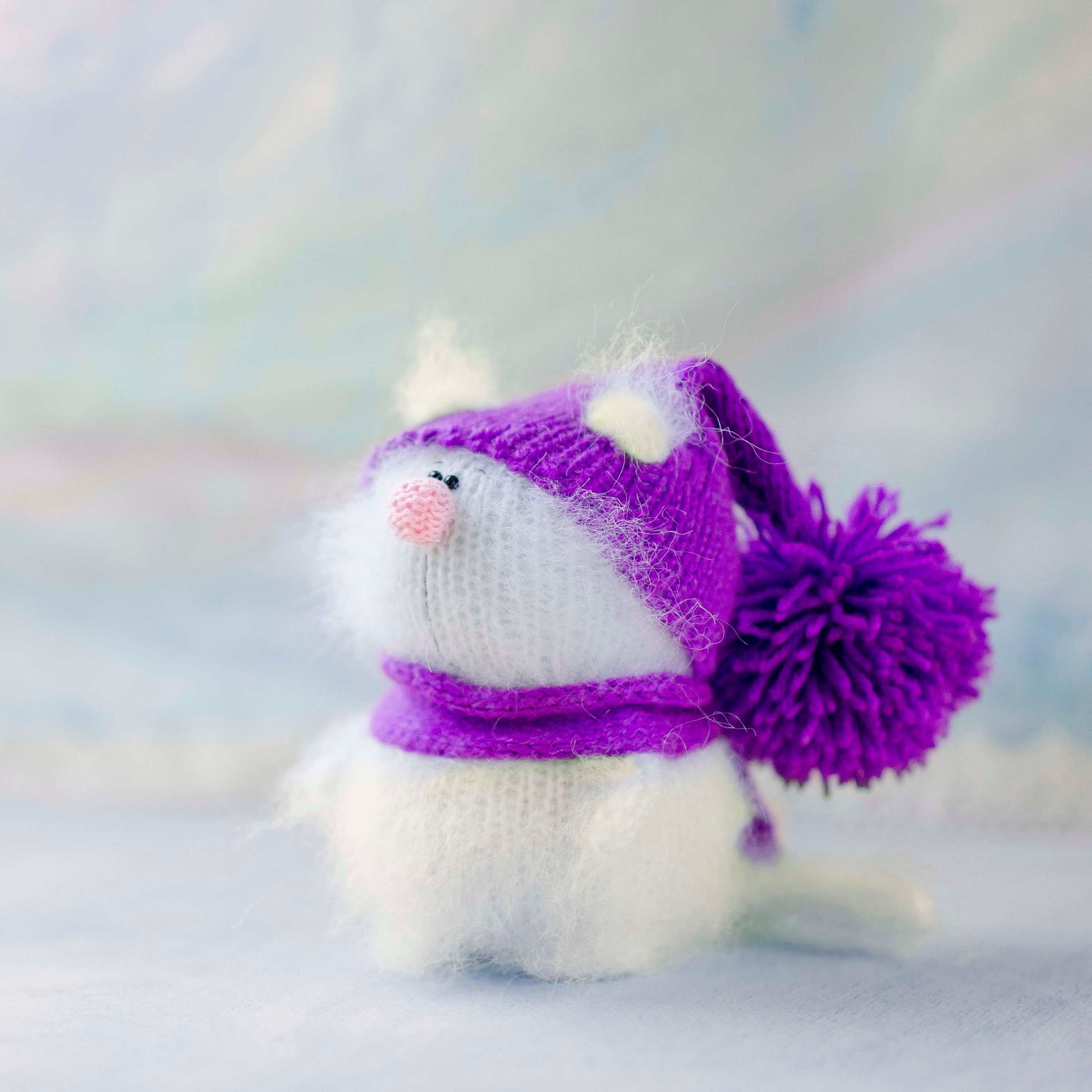 Plush cat figurine Christmas toy Knitted siamese cat toy