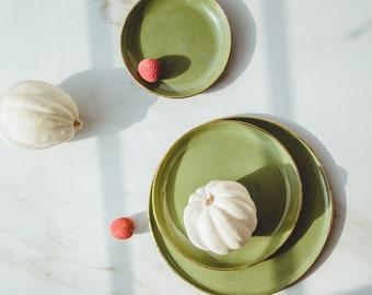 Green Ceramic Dinner Plates Set Ceramic Dinnerware Set Pottery Dinnerware Ceramic Plates Handmade Plate Set Chef Gift Restaurant Ware Plates
