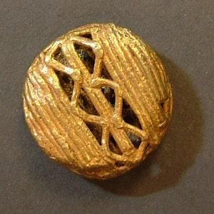 hole 6mm. Brass100 ONE Ashanti African Trade lost wax cast brass bead from Ghana 32 x 25 mm