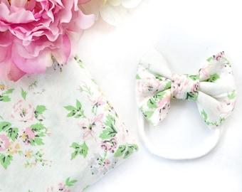 White Bloom Swaddle Set
