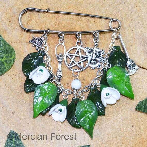 Celtic Patterns Cloak Fastener Handmade Pagan Jewellery Featuring Celtic Style Symbols
