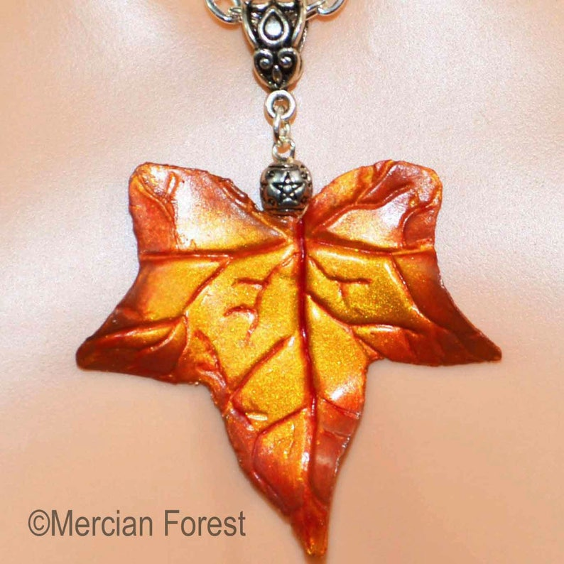 Sacred Oak Leaf and Acorns Necklace Wiccan Witch Pagan Jewellery Druid