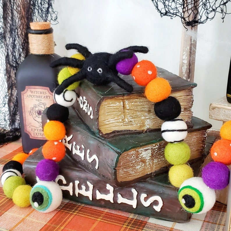 Creepy Crawly things  Halloween Felt Ball Garland  Eyeball image 0