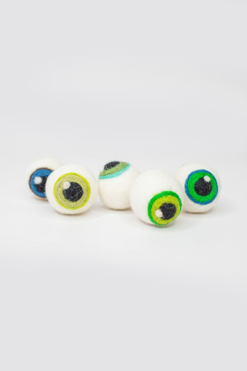 Monster Eyeballs Felt Eyeballs Halloween decor Halloween image 0