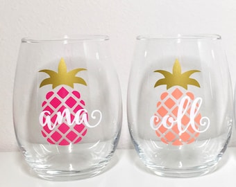 Personalized Pineapple Wine Glass, Pineapple Stemless Wine Glass, Bachelorette Wine Glass, Bachelorette Party Glass