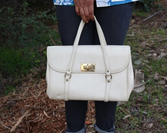 1960's Faux Off-White Leather Handbag by Spilene Made in USA