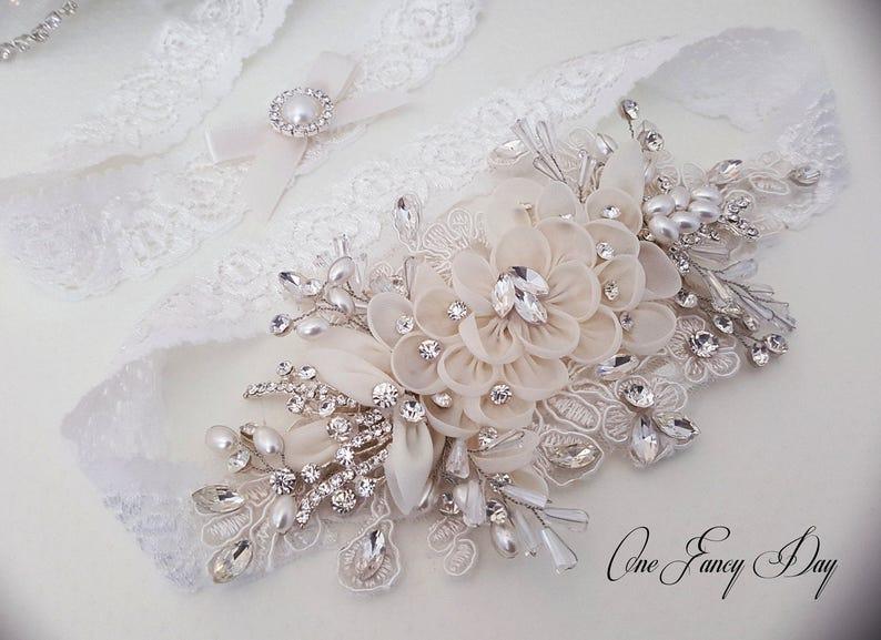 289ff0ef3 Heirloom Wedding Garter Set Bridal Garter Set Vintage
