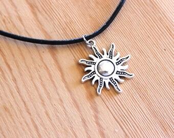 Sun beam Choker
