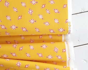 Sugarplum - Peppermint Discs(Yellow) - Heather Ross - Windham Fabrics - Holiday Fabric
