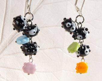 Soot Sprites lampwork earrings, Totoro earrings, glass Soot Sprites earrings, black earrings, kawaii earrings, anime earrings, studio ghibli