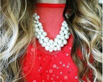 Classic White Pearl Statement Necklace in Gold//Bib Necklace//Chunky Pearl Necklace//Pearl Bubble Necklace